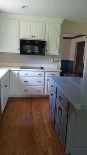 Before & After Kitchen Cabinet Installation in Fort Thomas, KY (4)